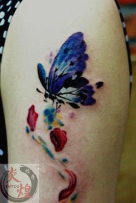 长沙炎煌纹身店作品:蝴蝶纹身