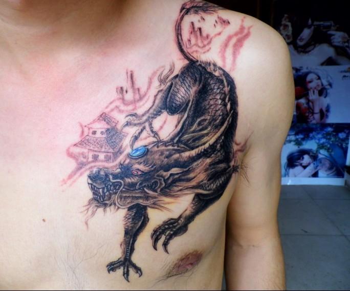 南昌天使烙印纹身店作品:肩部梅花纹身图案