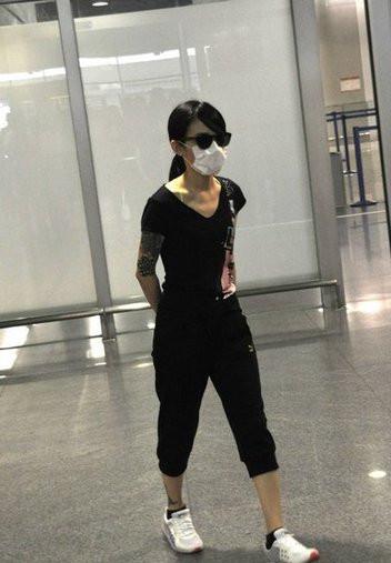 陈妍希右臂刺青曝光
