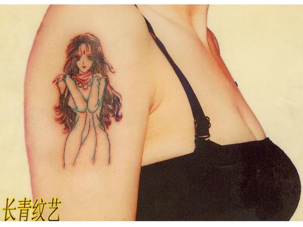 手臂性感美女纹身图案-阜阳纹身店推荐