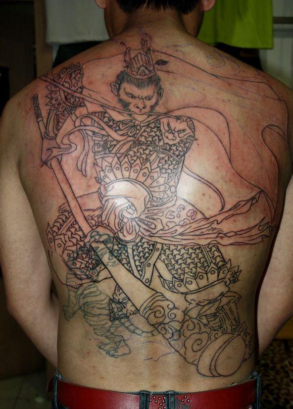 满背孙悟空美猴王纹身图案-淮南暗夜刺青纹身工作室推荐
