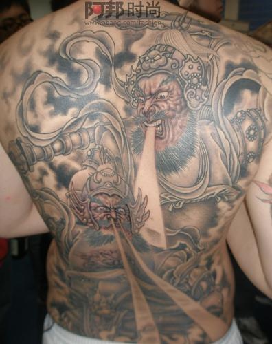 满背蟒蛇牡丹花纹身图案-天津刺青店纹身作品