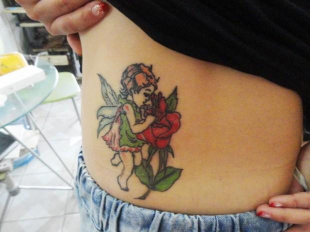 腹部天使玫瑰花纹身图案-蚌埠纹身店金禧纹身推荐